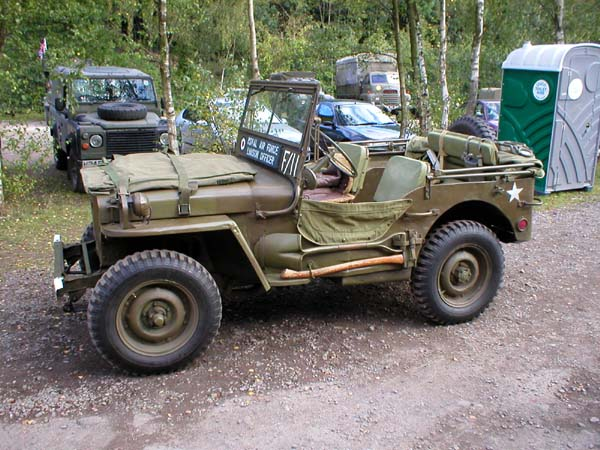 WWII jeep Picture
